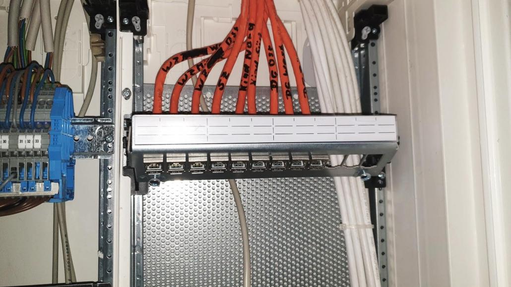 Netzwerktechnik Forstinning